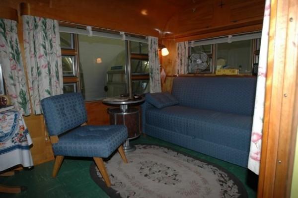 camper2-600x399