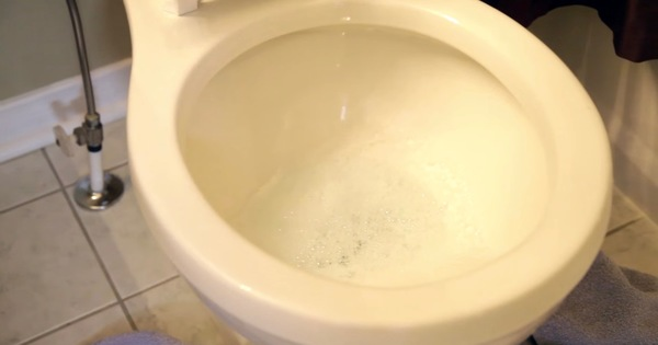 how to allow more water into toilet bowl