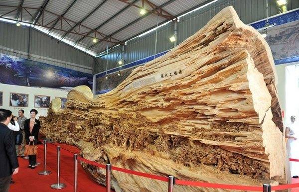 woodcarving_displayed_2007