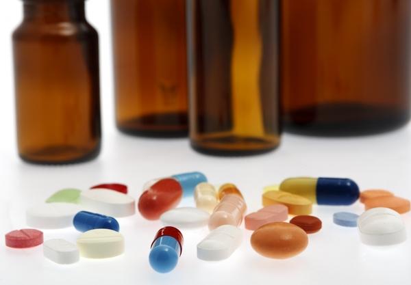 567768-different-tablets-medicine