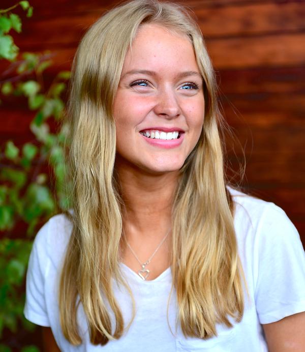 Zara Larsson 2013