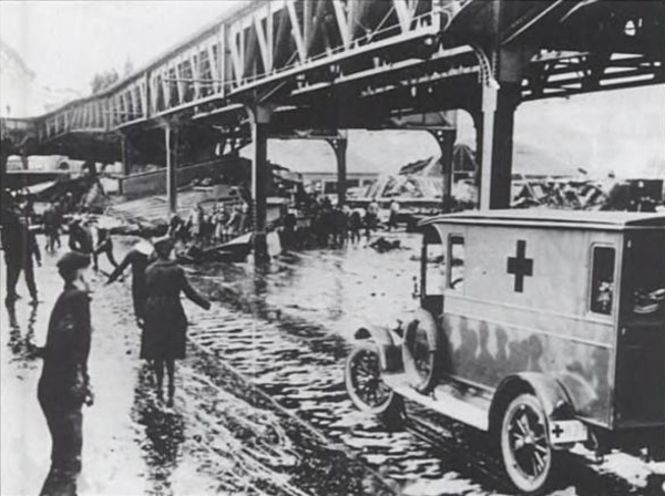 1919_MolassesFlood_Boston