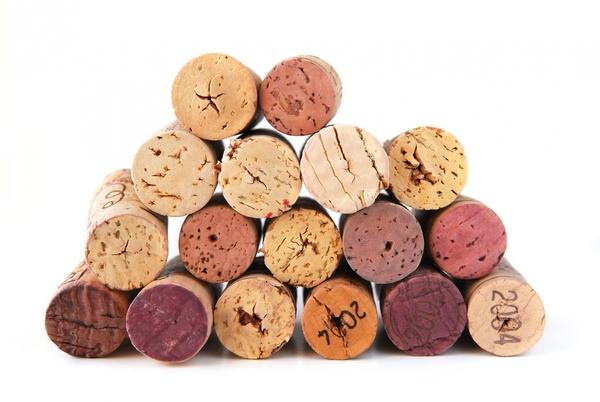 64591-wine-tappi di sughero