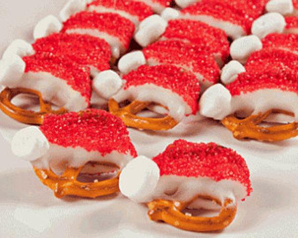 santa-hat-pretzels