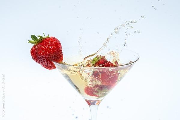 champagne-374753_640