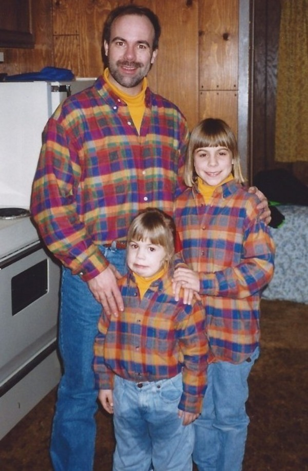 family-photo-gone-wrong-pee-pants