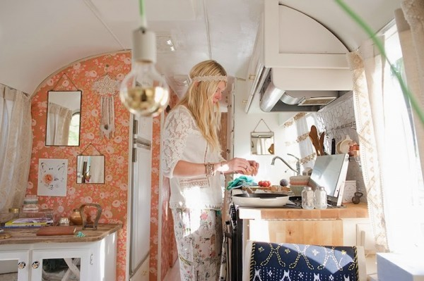 Sarah-at-work-in-the-kitchen-of-her-Airstream-600x399