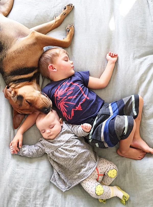 theo-beau-evangelina-evvie-baby-sister-nap-photos-jessica-shyba-2