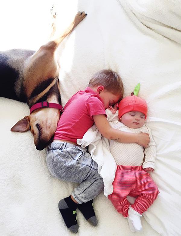 theo-beau-evangelina-evvie-baby-sister-nap-photos-jessica-shyba-10