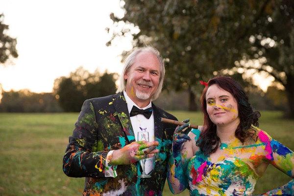 bride-left-at-altar-trash-dress-photoshoot-11