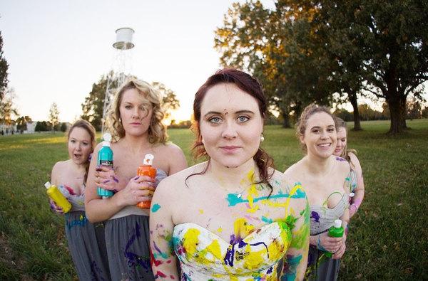 bride-left-at-altar-trash-dress-photoshoot-12