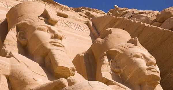 22.Luxor