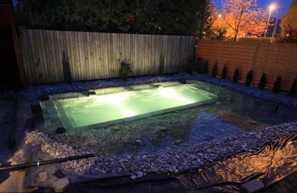 pool-8-850x553-600x390