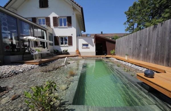 pool-13-850x554-600x391