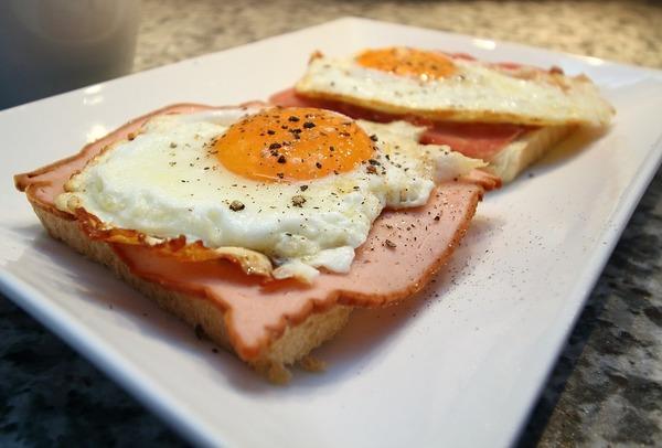 koka ägg kokande vatten